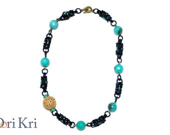 Beauty gift. Short black chain necklace with jade beads and one golden bead. Tiffany necklace. Gift for her. Handmade artisan