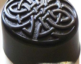 BLACK AMBER MUSK - Fragrance Oil - Enchanting blend of black amber, clove, nutmeg and musk