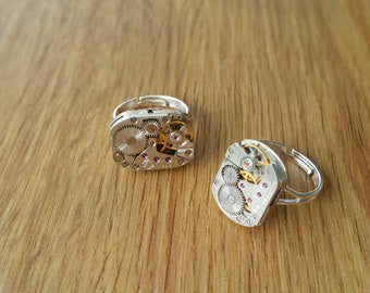 Wonderful adjustable Ring made from a Vintage Watch Movement - Steampunk