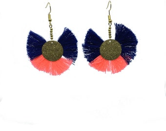 Earrings tassels bleuelectrique and neon pink
