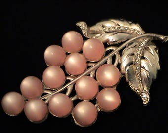 Vintage Large 1940s Pink Moonglow and Rhinestone Double Prong Fur Clip