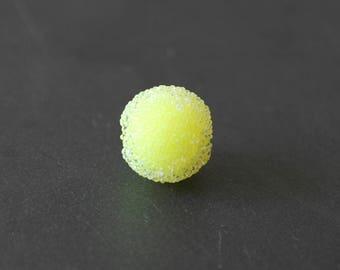 Pearl effect sugar 15 mm neon yellow color
