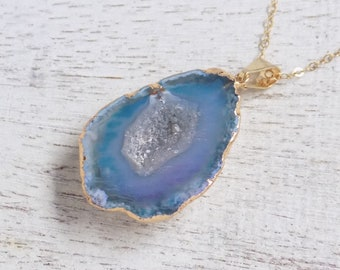 Mothers Day Gift, Blue Geode Necklace, Small Agate Necklace, Druzy Pendant, Raw Stone Necklace, Gold Layering Necklace, Boho, 10-1003