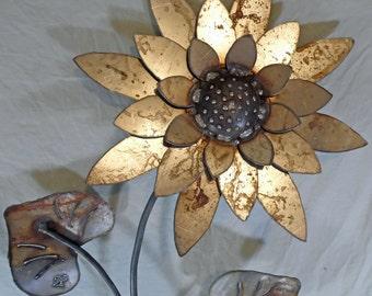 Sunflower - 2 Leaf - steel lawn ornament