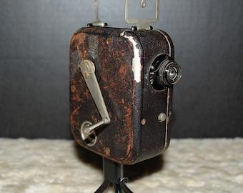 Pathex 1927 9.5mm Movie Camera