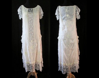 Exquisite 1920's lace Wedding Dress/party Dress with hand embroidery & original slip Old Hollywood Great Gatsby Size Small