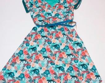 Rockabilly short sleeve dress with fancy tigers and flowers