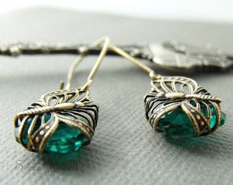 Butterfly Earrings, Green Glass Earrings, Butterfly Filigree Dangle Earrings, Insect Jewelry, Butterfly Wing, Brass Butterfly Earrings