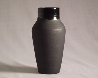 Ceramic vase, black matte and glossy, 6in tall home decor
