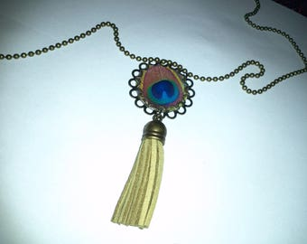 Long necklace - pendant and tassel - peacock feathers