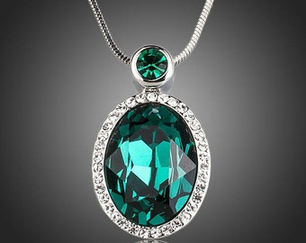 Sea Green Crystal Pendant Necklace