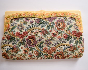 1970s Clutch | Lady of the Canyon | Vintage 70s Tapestry Fabric Purse BOHO Hinge Frame Handbag Floral Plastic Kiss Lock Latch Flower Child