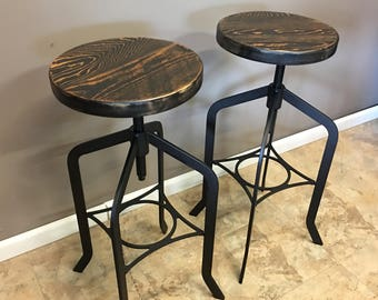 Set of 2 | Reclaimed Wood Counter/Bar Height Stool with Swivel Seat | Industrial Urban Bar Stool