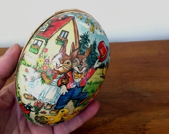 Vintage Easter Egg // Vintage East German // Papier Mache Egg
