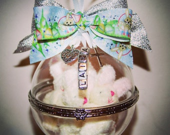 Personalised Hand Blown Glass Easter Bauble - with family of cuddly bunnies!
