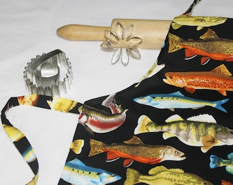 Fish Child Apron - black