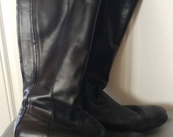 Black leather Kenneth Cole boots