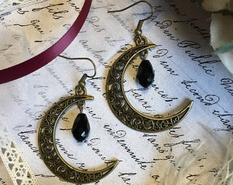Crescent Moon Earrings, Crescent Moon Jewelry, Crescent Earrings, Celestial Earrings, Celestial Jewelry, Moon Earrings, Boho Earrings