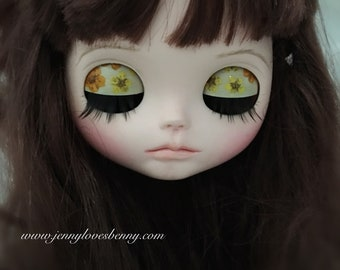 Dry pressed flowers Custom Blythe Eye Lids / Lid Art + eye lashes + matching pull charms
