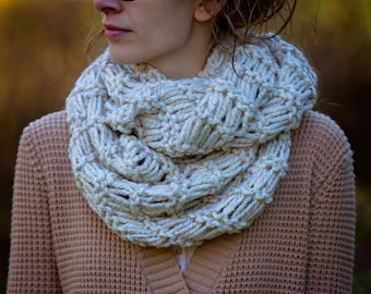 Chunky Thick Warm Soft Drop-Stitch Cowl Infinity Neckwarmer Hooded Scarf Snood Wrap | THE SIBERIAN / 36 Custom Colors