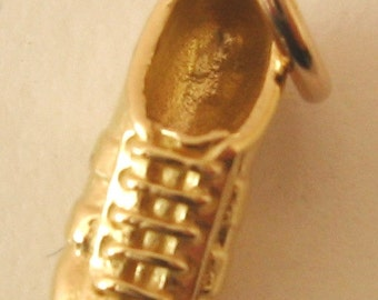 Genuine SOLID 9K 9ct YELLOW GOLD 3D Football Rugby Soccer Shoe Boot charm/pendant