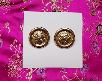 Gold round statement clip-on earrings
