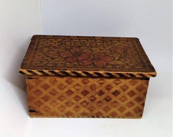 Pyrography Box, Pyrography Jewelry Box, Wood, Embosed Trinket Box, Wood Jewelry Box, Floral Wood Jewel Box