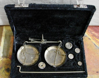Vintage Brass Hand Scales Set -- 1950s Indian Balance Measuring Device in original case, Hand Balance, Precision measuring tool