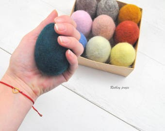 Easter Eggs, 10 Colour Easter Eggs, Felt Egg Photography Prop, Felted Newborn Prop, Baby Photography Prop, Felted Egg Toy