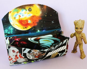 The Guardian's of the Galaxy  Quilted accordion style clutch Wallet with 10 card slots and zipper pockets Marvel Disney