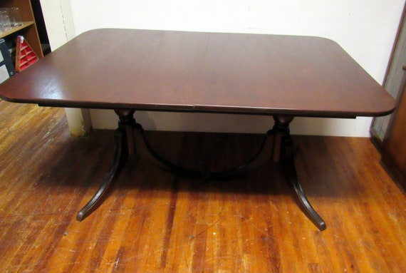 Vintage mahogany dining table tradition double pedestal