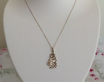 """Vintage 14K Solid Gold """"#1 Mom"""" Pendant with 14K Solid Gold Chain"""