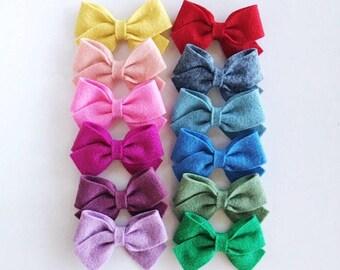 f e l t  bows: chunky 3 inch felt bows