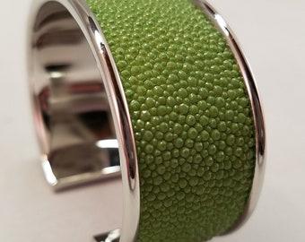Stingray Cuff Bracelet - Lime Green