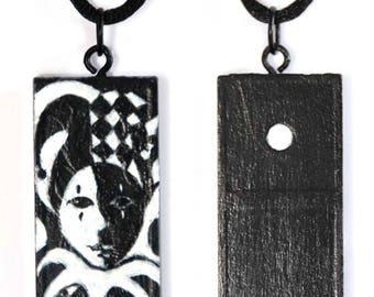 Domino Deco Pendant – Jester