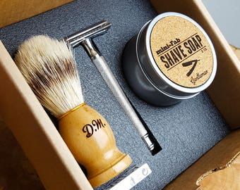 Shave Kit - Safety Razor - Personalized Double-Edge Shaving Set with Razor, Shave Brush,  Razor Blades, Shave Soap & Gift Box