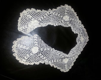 Vintage Crocheted Scarf/Collar