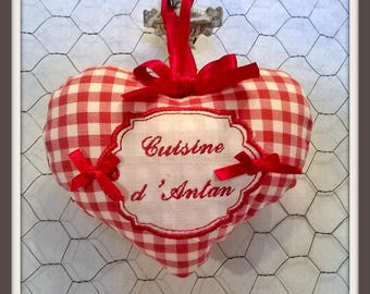 """Embroidered heart """"Kitchen of yesteryear"""""""