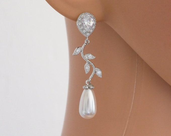 leaf vine bridal wedding earrings, swarovski pearl, silver or rose gold, branch, Cubic zirconia, bride, bridesmaid, maid of honour, bride
