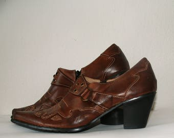 Brown western ebroidered leather shoes US 8,5/EU 40/Vintage brown shoes