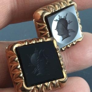 Victorian Gold Cuff links.  Intaglio Cameo Centurion Cufflinks  . 1800s cufflinks.. Mens Cuff links. partsforyou No.0036 cs