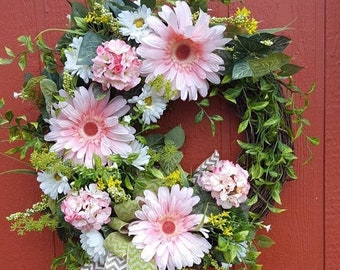 Daisy Wreath....Coming Up Daisies...Pink Floral Wreath