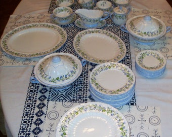 Shelley Harebell Dinnerware Set Of 84 Pieces