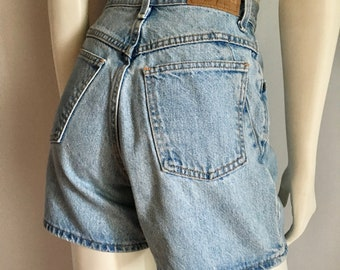 Vintage Women's 90's Zena, Jean Shorts, High Waisted, Medium Wash, Denim (M)