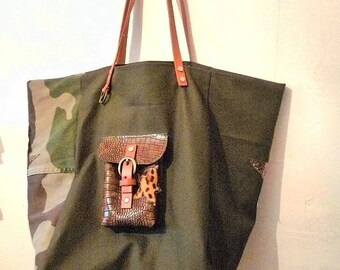 bag tote bag khaki and camouflage army brown leather, Star style pomponette camel handles