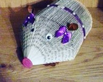 Handfolded Guinea Pig