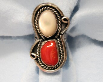 Vintage SOUTHWESTERN Coral and Mother of Pearl Ring in Sterling Silver -- SIze 7
