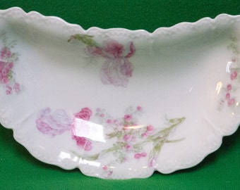 Antique Haviland & Co. Limoges Floral Bone Dish, 1894 - 1931