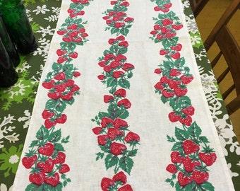 vintage Strawberries Kitchen Towel 1950s 1 yard 36 inches