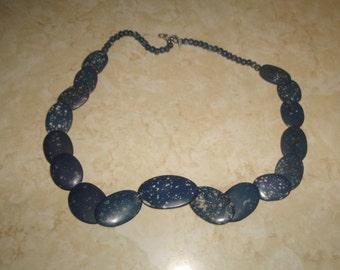 vintage necklace blue speckled glass